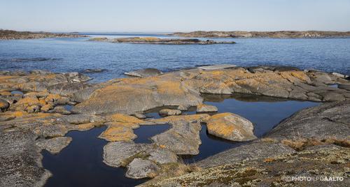 Eteläniemen rantakallioita