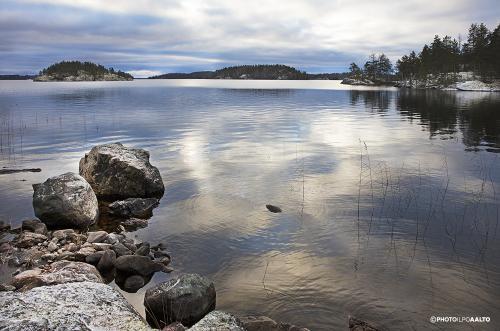 Sinivalkoinen Lietvesi Suomen 100-vuotispäivänä